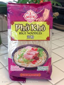 Pho Kho 3 Mien banh pho rice noodle package-front